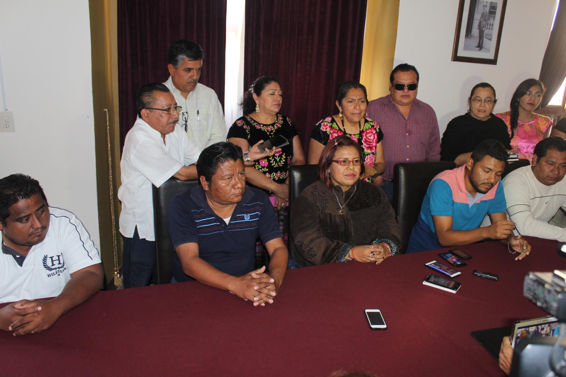 """Photo of """"Nos preocupa que un día ya no volvamos a casa"""": maestros de Santa María del Mar"""