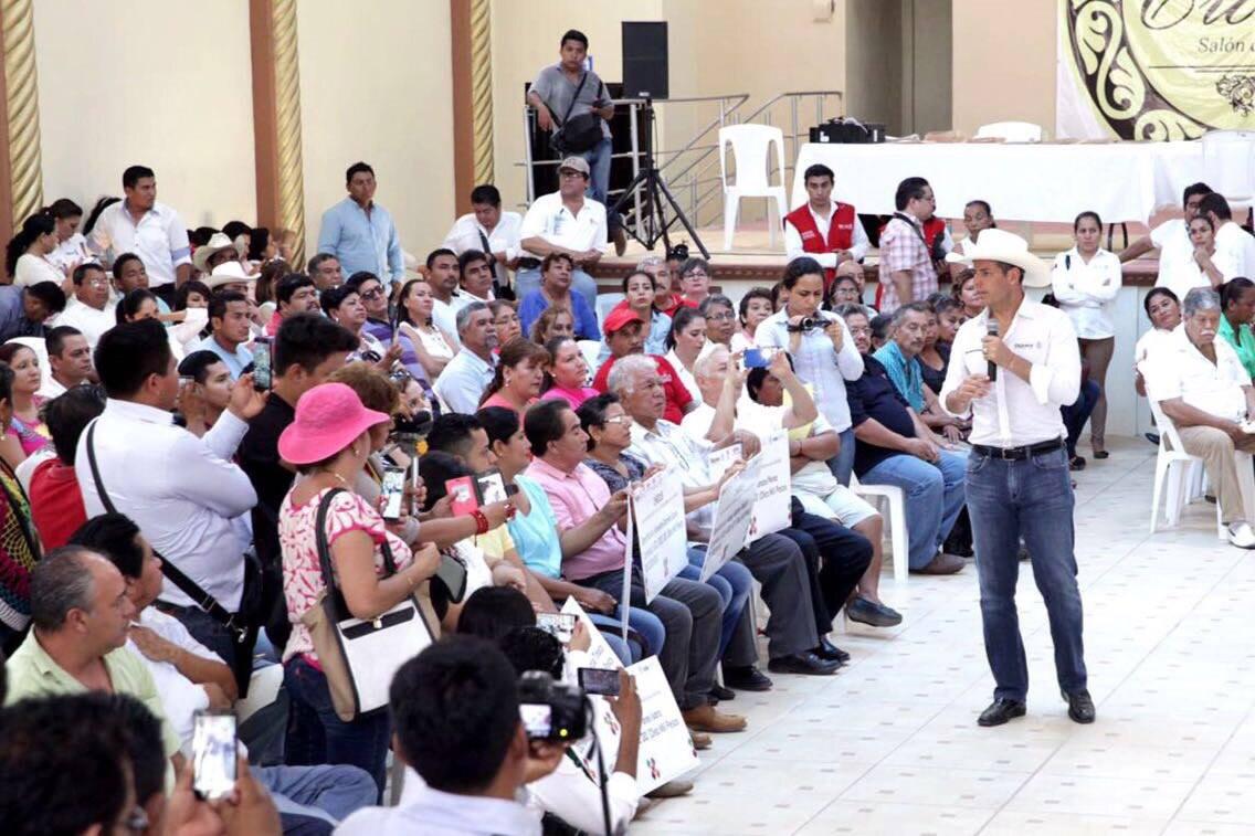 Photo of Entrega Murat obras y apoyos por más de 19 mdp en la Cuenca del Papaloapan