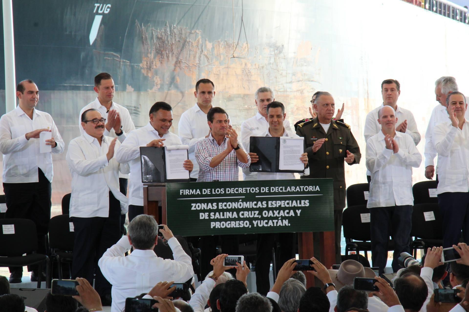 Photo of DECLARA PEÑA NIETO ZONAS ECONOMICAS EN SALINA CRUZ