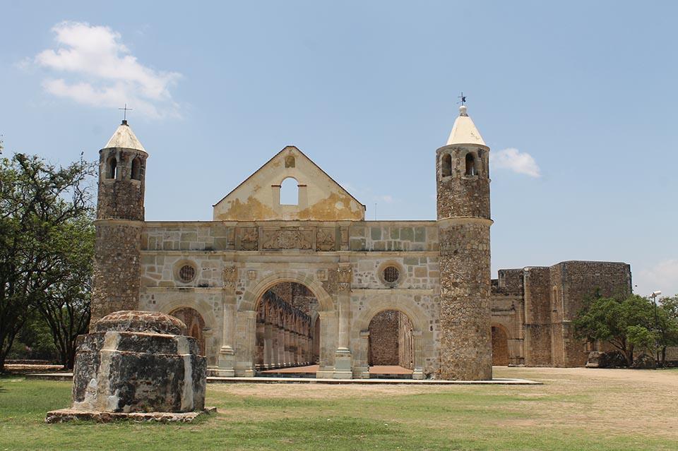 Photo of EL EX CONVENTO DE CUILAPAM, UNA BELLEZA ARQUITECTONICA MUNDIAL