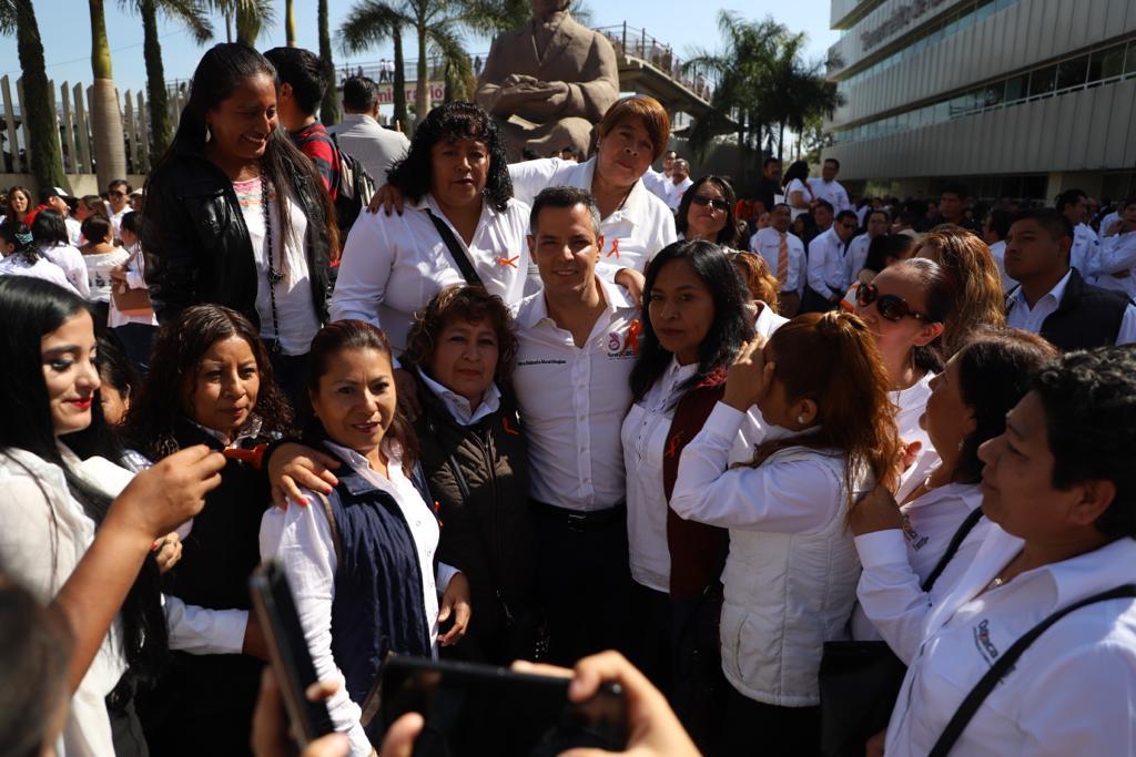 Photo of En mi gobierno, cero tolerancia a la violencia contra las mujeres: Alejandro Murat