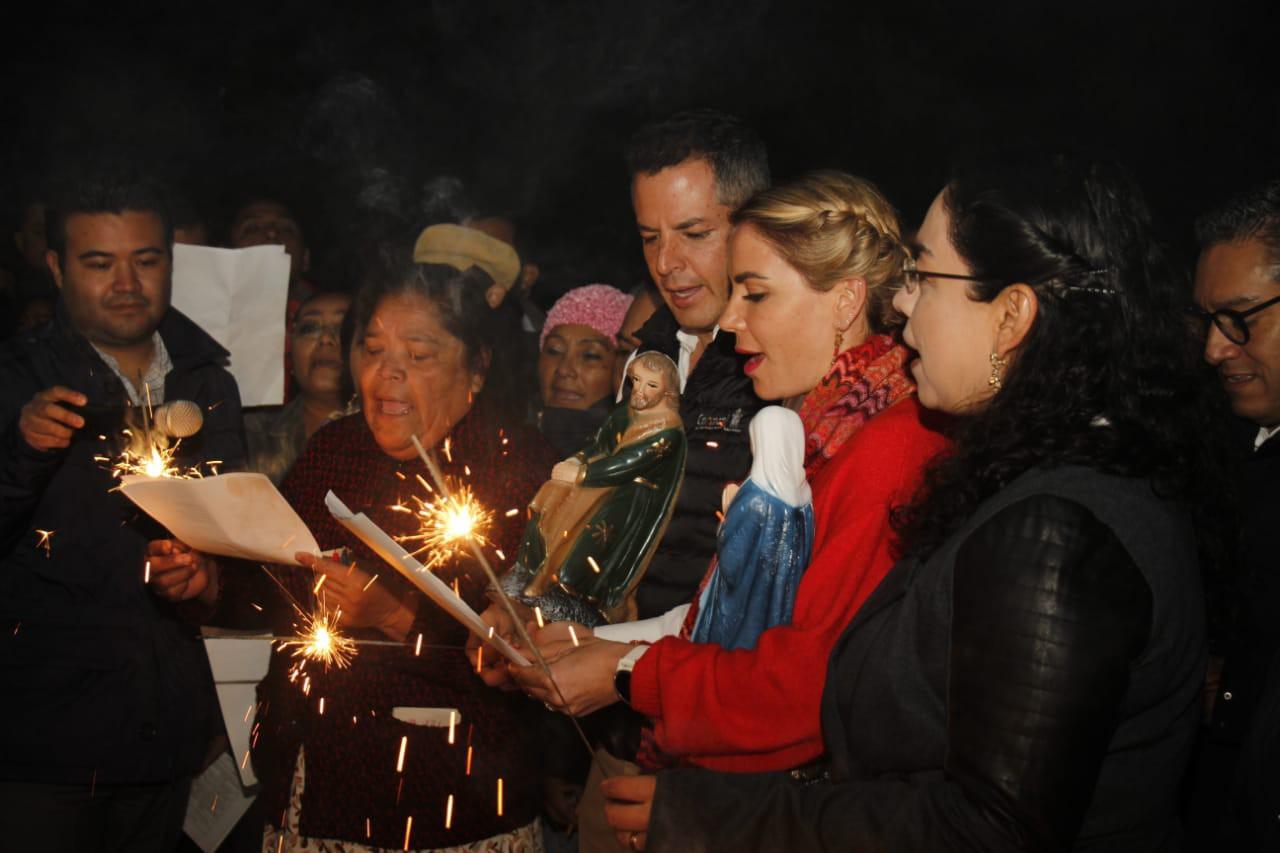 Photo of AMH e IMM encabezan posada navideñaen San Martín Mexicapan