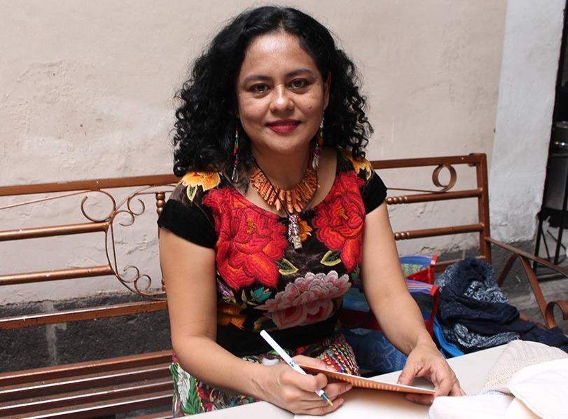 Photo of Natalia Toledo nueva subsecretaria de Cultura en el gobierno de AMLO