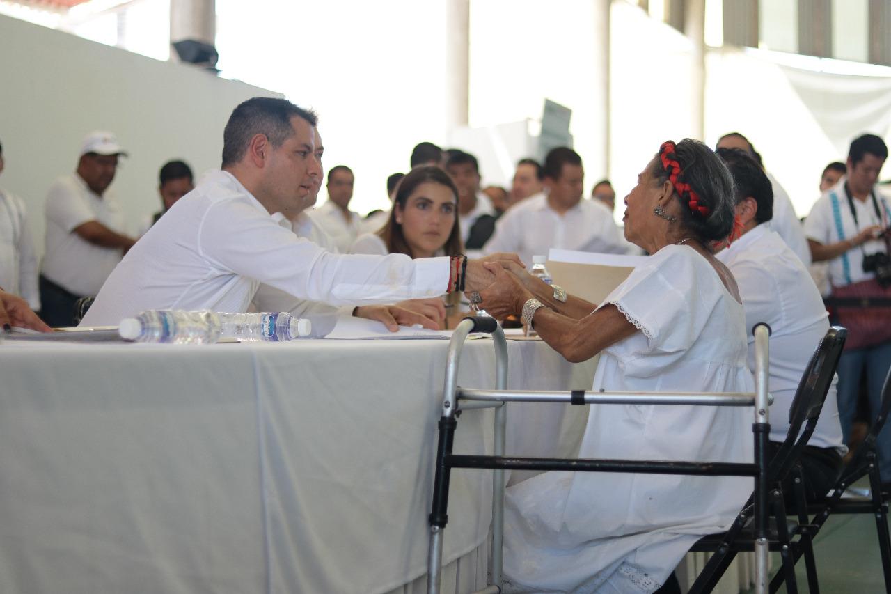 Photo of Atiende Gobierno de Oaxaca necesidades y peticiones de habitantes de la Costa