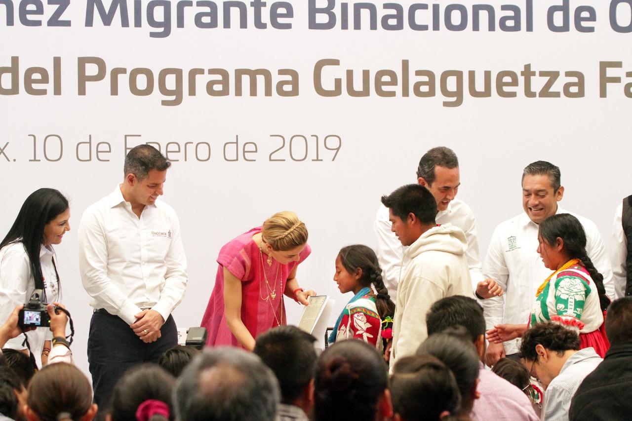 Photo of Gobierno de Alejandro Murat respalda y une a las familias de los migrantes oaxaqueños
