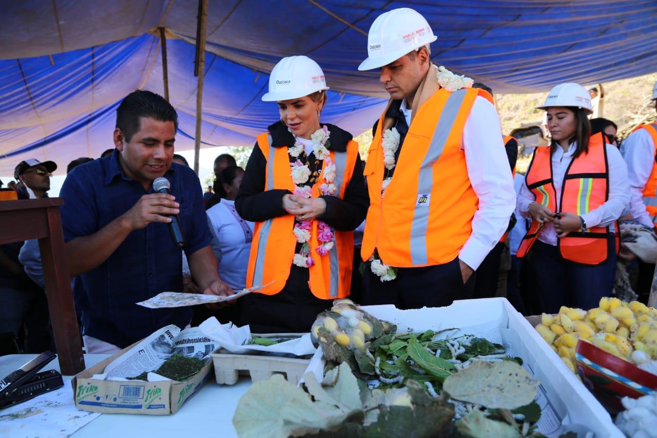 Photo of Con una inversión histórica de 14 MDP, inicia Ivette Morán de Murat construcción del Santuario del Gusano de Seda, único en México