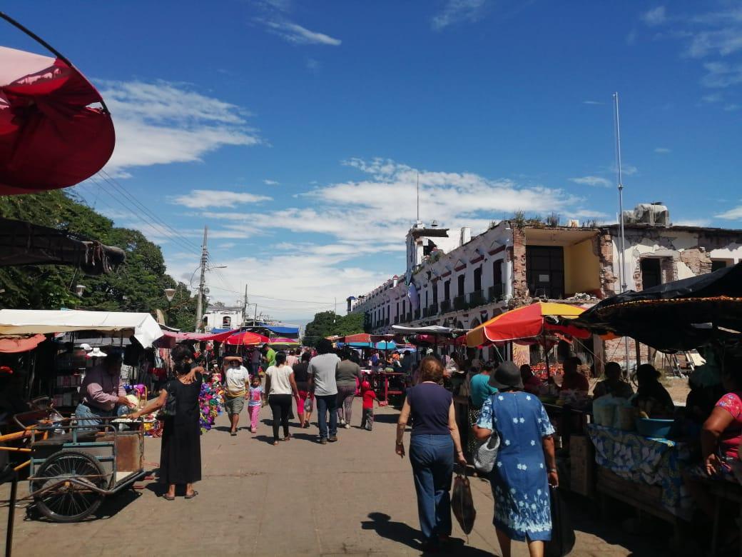 Photo of Abarrotados los mercados de Juchitán
