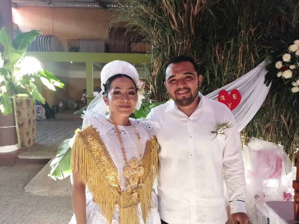 Photo of Eddy y Regina se unen en matrimonio