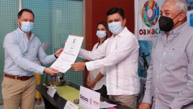 """Photo of El AEROPUERTO INTERNACIONAL DE OAXACA RECIBE EL DISTINTIVO """"S"""" POR CUARTA OCASIÓN"""